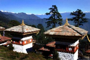 Bhutan-Dochu-Pass-babasteve