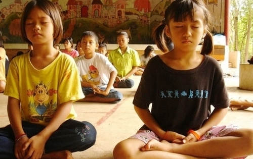 meditate_children