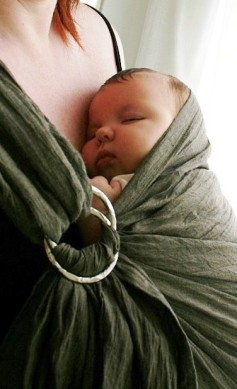 baby-in-pouch