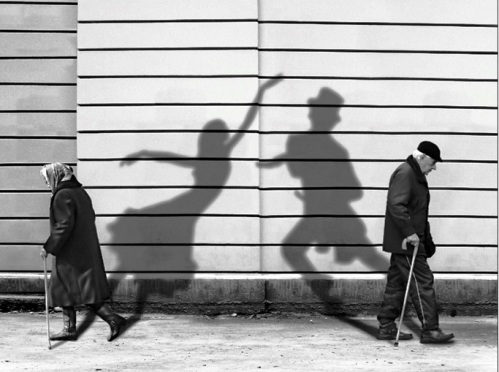 shadows-of-past
